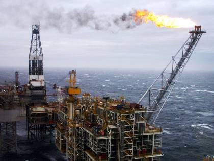 Mediterraneo, è guerra del gas. Ecco la vera strategia dell'Italia