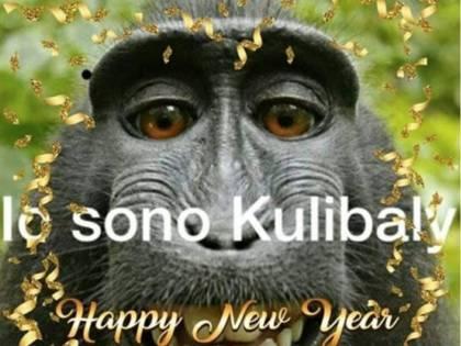 """""""Io sono Koulibaly"""" con una scimmia: ora anche gli auguri razzisti"""