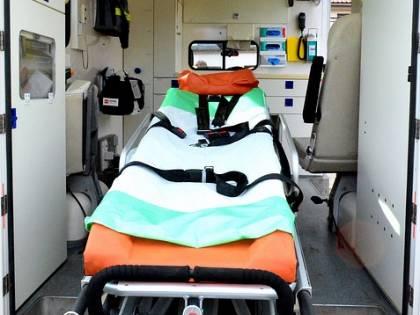 Bambina di 2 mesi salva grazie al padre e all'operatore del 118