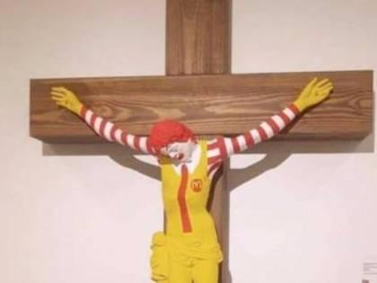 Gesù come McDonald: proteste in Israele per l'opera blasfema