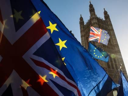 Brexit, Johnson annuncia nuove regole per studenti stranieri