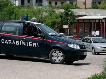 Milano, ristrutturano casa e trovano il cadavere di un uomo