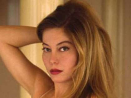 """La verità di Villaggio su Moana Pozzi: """"Era sieropositiva e non amava il sesso"""""""
