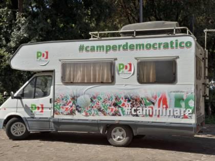 Il Pd in crisi economica si vende pure il camper
