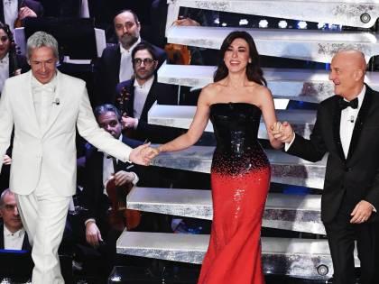 Sanremo, la conduzione a tre tra musica e imprevisti
