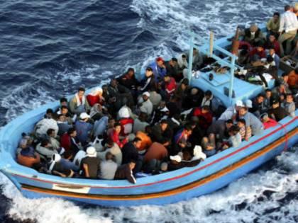 """""""I porti europei non vanno chiusi"""". E i sindaci fanno patti con Ong"""