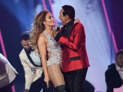 Jennifer Lopez infiamma i Grammy 2019: foto
