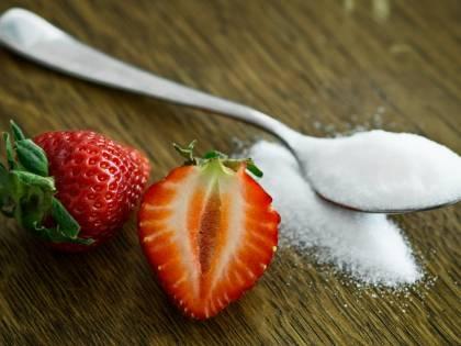 Come il consumo eccessivo di zucchero fa male al cervello