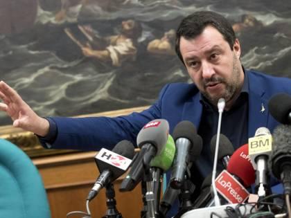 """Europee, la strategia di Salvini: """"Nessun gruppo unico col M5S"""""""