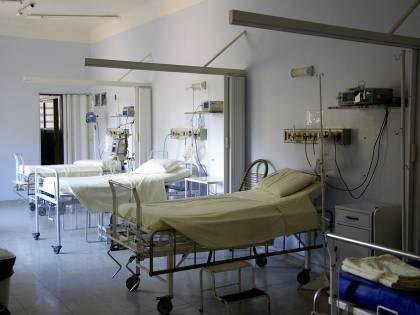 Napoli, allarme al Vecchio Pellegrini: due pazienti colpiti da pericoloso batterio