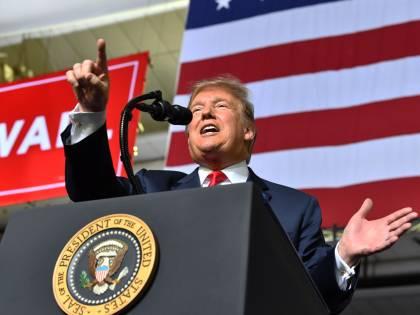 Trump dichiara l'emergenza nazionale per costruire il muro col Messico