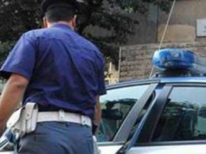 Lecce, senegalese aggredisce due poliziotte