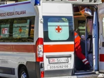Milano, brusca frenata sulla metro M2, un ferito in codice rosso e altri contusi