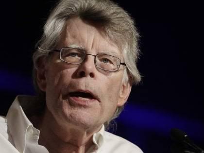 """Stephen King difende la moglie: """"Lei ha un nome e un cognome"""""""