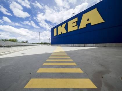 Ikea ritira dal mercato alcuni prodotti in vetro Hemnes