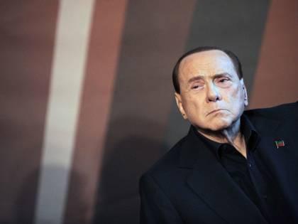 """Ricostruzione a L'Aquila, il messaggio di Berlusconi: """"Far ripartire l'Abruzzo dopo il terremoto"""""""
