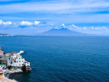 Napoli, i novemila furbetti del numero civico