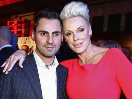 "Parla Brigitte Nielsen: ""Ho dato uno schiaffo a Madonna e ho trascorso una notte con Sean Penn"""