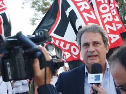 Roma, corteo non autorizzato. Polizia ferma leader di Forza Nuova
