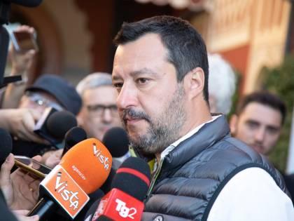 """Battisti, Salvini: """"Ora chieda scusa chi l'ha coperto"""""""