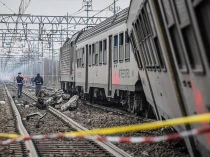 Zagarolo, treno merci deraglia, chiusa la linea ferroviaria Roma-Cassino
