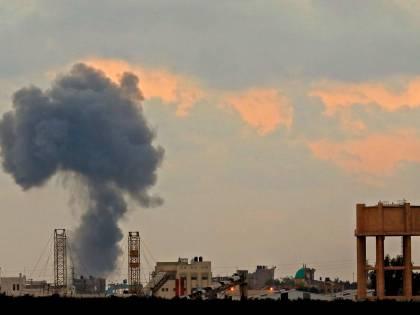 Razzo colpisce casa a Tel Aviv. Israele fa partire i raid su Gaza