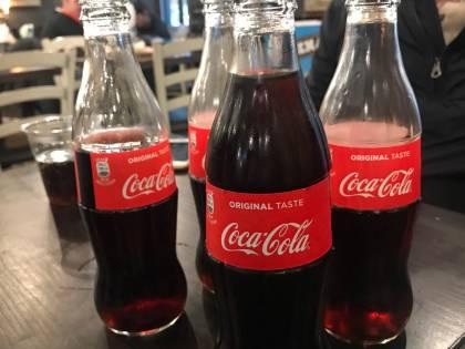 Ritirati lotti di Coca Cola per possibile presenza di corpi estranei