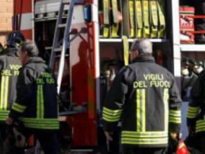 Dimentica il pentolino sul fuoco: esplosione in un appartamento