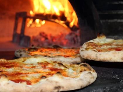 Bologna, ragazzo di 13 anni muore in pizzeria per un malore