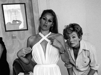 Come le Bond Girls hanno influenzato il gusto femminile