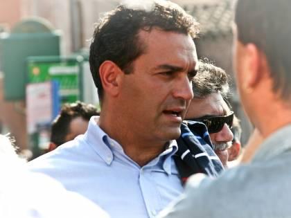 Il Comune di Napoli è in deficit? De Magistris vende gli immobili