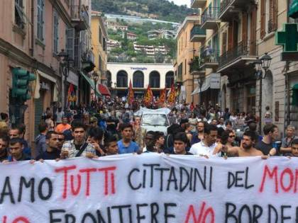 """Migranti, la sfida dei no border alla Lega: """"Manifesteremo in centro"""""""