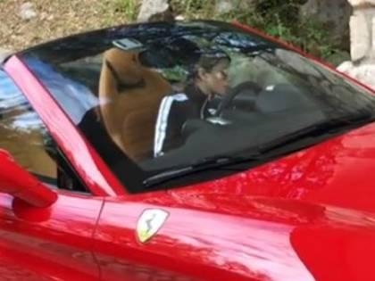 """Il web contro Chiara Nasti: """"Non sei all'altezza di una Ferrari"""""""