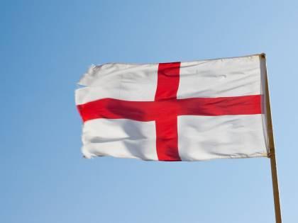 """Si riaccende la """"crisi della bandiera"""" tra Genova e Inghilterra"""