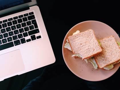 Pausa pranzo: i cibi da evitare per superare la prova costume