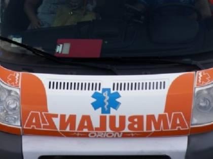 """""""I clienti hanno paura, dovete andarvene"""": titolare di una pizzeria caccia i medici del 118"""