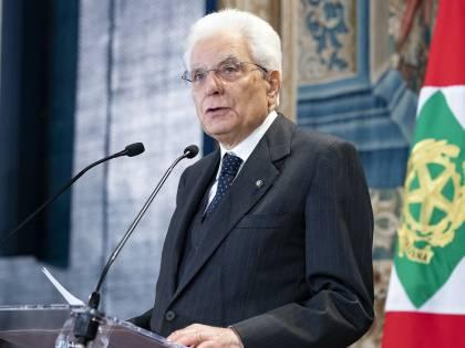 """Mattarella firma il dl Sicurezza: """"Ma sanzioni Ong irragionevoli"""""""
