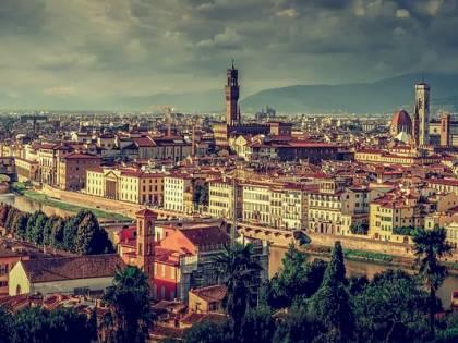 Firenze, arrestata bulgara di 23 anni: borseggiava turisti
