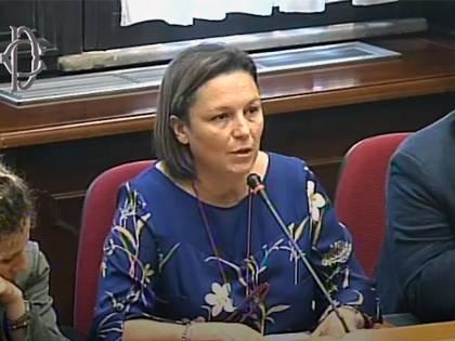 """Frase choc della deputata 5S: """"Ebrei fortunati a esser uccisi"""""""