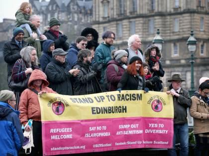 Adesso in Gran Bretagna vogliono fare una legge per colpire l'islamofobia