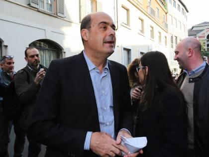 """Prof sospesa, Zingaretti: """"Torni subito al lavoro"""""""