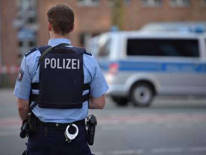 """Germania, forze dell'ordine sgominano """"polizia della sharia"""""""