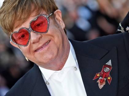 Elton John costretto a posticipare il tour d'addio