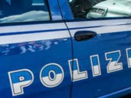 Taranto, cinese forza un posto di blocco. Arrestato dalla polizia