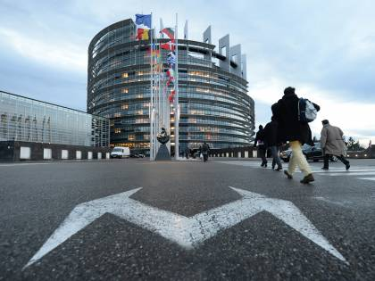 """Il politologo gesuita: """"Il voto italiano è il più anti-europeo"""""""