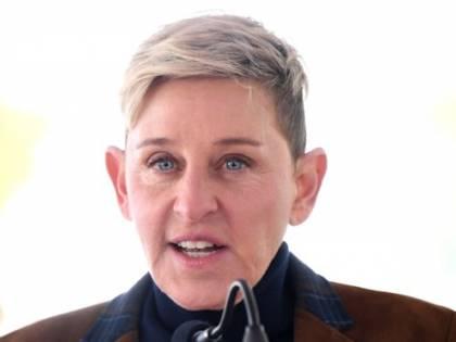 """Ellen DeGeneres, la conduttrice Usa racconta gli abusi sessuali da parte del patrigno: """"Non sapevo nulla sul corpo"""""""