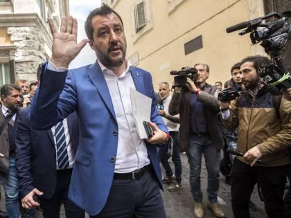 """""""Ci sono problemi? È evidente"""". Salvini impallina i ministri M5s"""