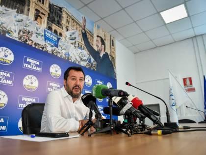 """Ue, Salvini a Conte: """"L'unico rischio è un'altra manovra alla Monti"""""""