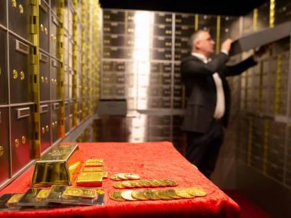 I mercati nell'età dell'oro: investire sul metallo dei record