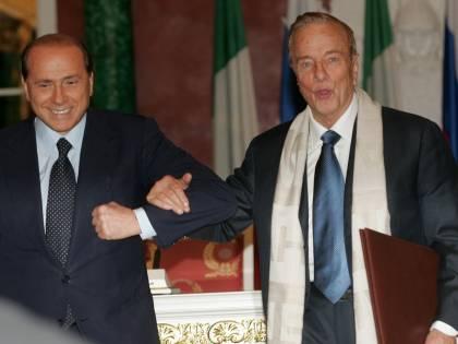 Quando Berlusconi fece eleggere Zeffirelli con Forza Italia